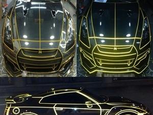 车身改色贴膜。