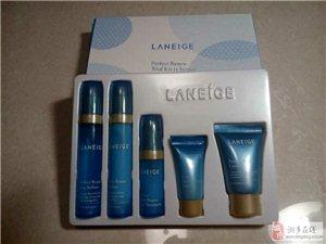 最新最潮韩国化妆品,请加微信2320713033