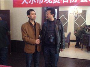 和天水名记、华讯在线总经理唐彦辉合影留念!