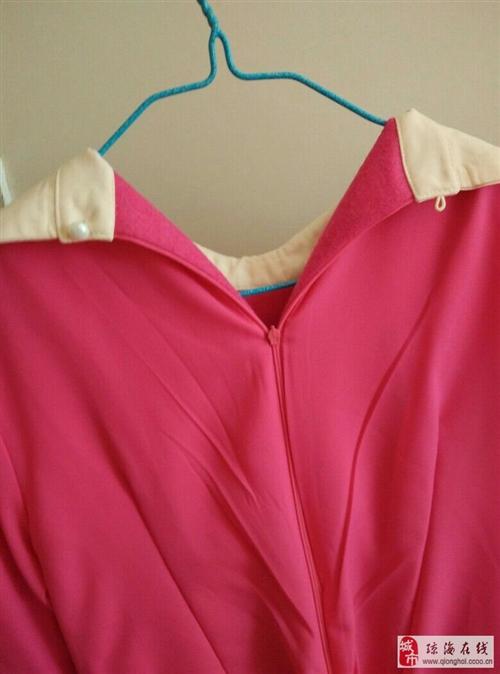 低售九成新连衣裙,原价一百多的,嘉积城区送货