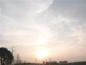 【美女秀�觥啃芊f 0
