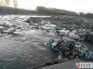 曾经清澈的大河,如今的垃圾场