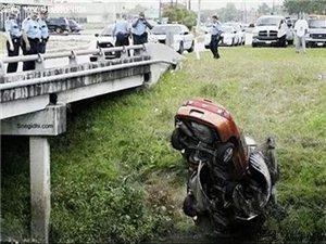 交警看了都哭的车祸