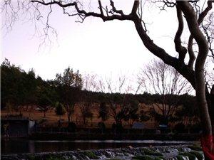 玉��雪山�L景照