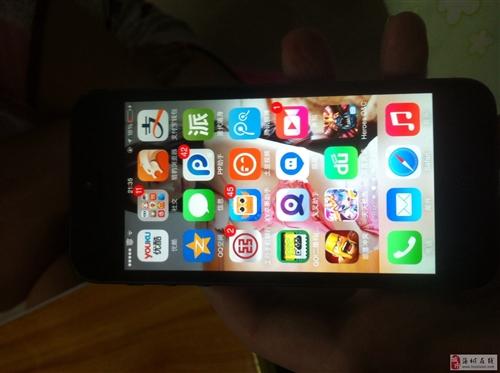 出售一臺9成新蘋果5代手機