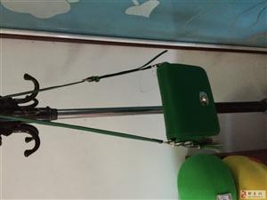 绿色百丽包包
