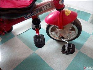 三轮婴儿手推车,9成新,诚意出售有需要的看看
