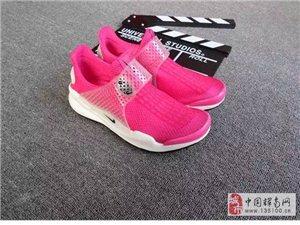 宏达品牌运动鞋