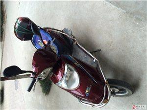 8成新电动摩托车出售