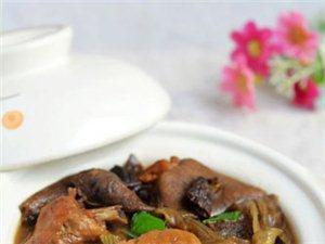 【每日菜谱】小鸡炖松蘑