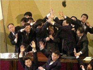 世界各国开会的图片,看到中国时笑喷了!