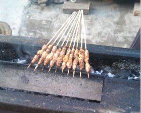 【威尼斯人娱乐平台吃货】北环城武志明诊所对面的老牌子羊肉串