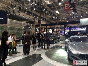 篮球明星刘晓宇周鹏董瀚麟现身车展