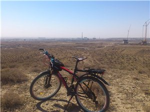 2014-5-3巴�y高速入口布古�D嘎查�|山�^越野