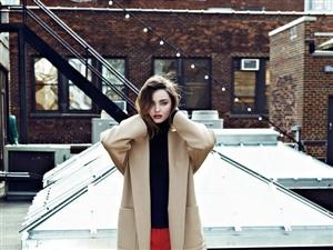 辣妈米兰达时尚大片变身红唇美人