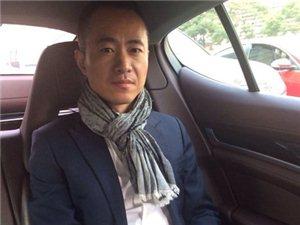 邱启明和老婆李菡个人资料微博照片家庭背景 邱启明为什么离开央视