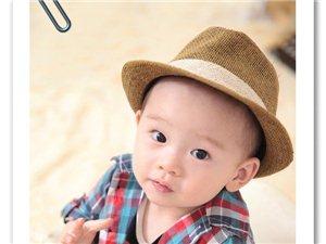 晒晒我家小宝贝的照片,嘻嘻。可爱宝宝周岁照出炉啦