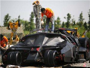 """上海牛人打造""""蝙蝠战车""""{转}"""