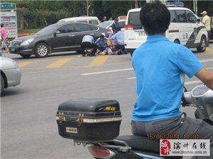 黄二渤十八警察抓人现场