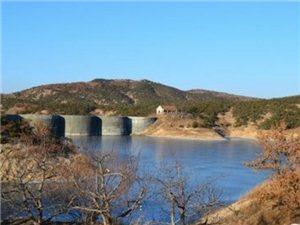 莱阳老寨山的钟家院石拱坝