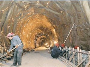 太行山大峡谷八泉峡隧道已贯通