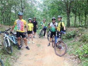 琼海在线溜溜自行车队骑行第六波休闲骑手机随拍(6月21日)
