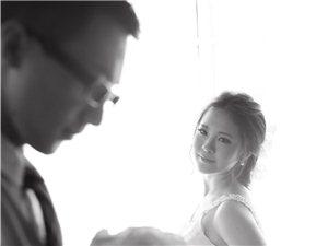 7月,施华洛婚纱摄影会馆将隆重推出最新主题、新款婚纱以及全新妆容,绝对