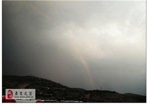 秦安-那天美��的天空|�L雨彩虹