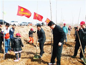 保护母亲河志愿者在行动,净宁路植树活动圆满结束。