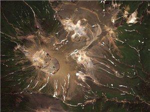 看看谷歌地球捕捉到的神奇地貌