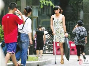 独腿女孩将上《中国好声音》