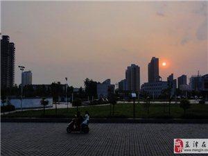 城南广场拍夕阳[原创]