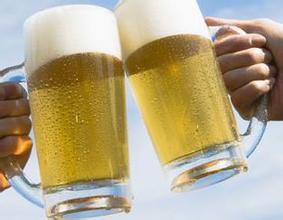 又被坑了!冰啤酒解渴消暑居然是误传!