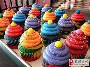 彩虹小甜点在色彩上就打动味蕾~