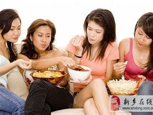 糖吃多了容易生皱?#30130;?#30424;点12?#21482;?#35753;人变丑的食物
