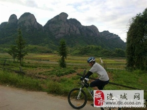 【骑游连城】晨骑冠豸山脚下山路越野  风景好欢乐多