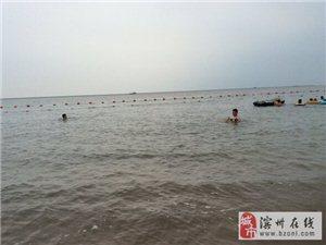 天津海边游玩,实拍塘沽外滩