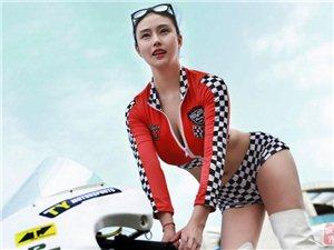 台湾女车手变身赛车宝贝 妩媚造型秀上围