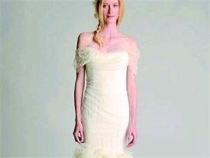 一字领婚纱潮流    露迷人香肩锁骨