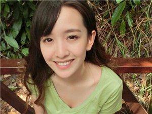 """广告女郎校花晁然被称""""氧气女神"""",有我漂亮嘛?大家评一评吧"""