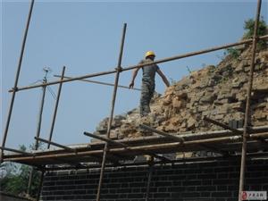 山西古建筑专业维修队在澳门葡京西门施工现场
