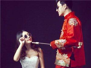完美的中西结合-俏皮搞怪内景婚纱照
