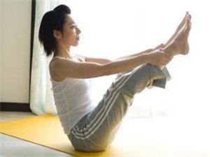 瑜伽教程:收紧腹肌甩掉赘肉 8式瑜伽打造迷人腰部曲线