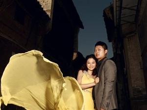 舞,千秋红尘 ――-《维也纳婚纱摄影》