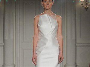 Peter Langner2015婚纱系列:简单而优雅的婚纱