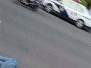 银海路发生车祸