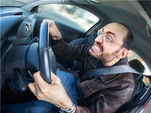 一位驾龄不到一年的司机一夜未归,笑死人了!