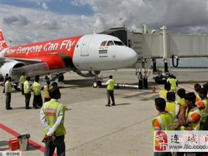 外媒:印尼交通部发布有关亚航客机失联时间表