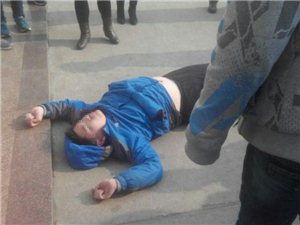 莱阳实验中学学生跳楼。。。。