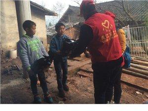 夹江县义工志愿者协会麻柳乡西陵村贫困儿童回访及西陵村民情